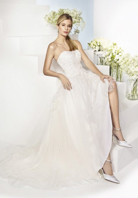 poročni salon white couture